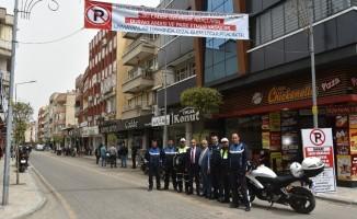 Salihli'nin Turan Caddesine park yasağı getirildi
