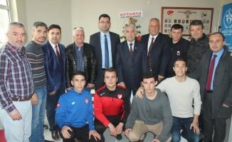 Savcı Hamedi: Futbol hakemlerimiz yapılması zor bir görevi üstleniyor