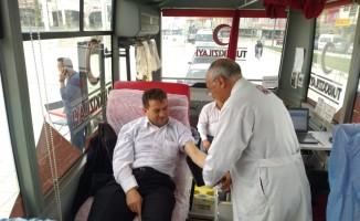 Selendi'de 50 ünite kan toplandı