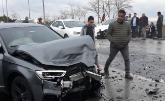 Trabzonsporlu oyuncu Hüseyin Türkmen kaza yaptı