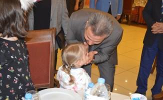 Ağrı'da koruyucu aileler için iftar programı düzenlendi