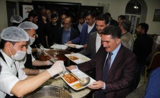 AK Parti Ağrı Milletvekili Çelebi, vatandaşlarla iftar açtı
