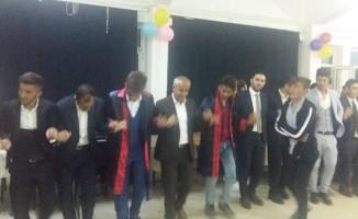 Başkan Ensari'den öğrencilere burs sözü