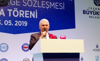 """Binali Yıldırım: """"Hep beraber İstanbul için gece gündüz demeden ter dökmeye, çalışmaya söz veriyorum"""""""
