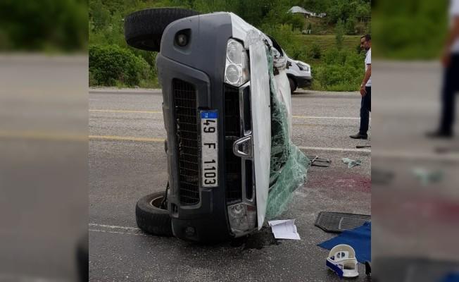 Bingöl'de trafik kazası: 1 ölü,3 yaralı