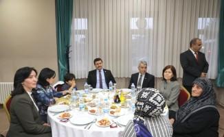 Erzincan emniyetinden şehit aileleri onuruna iftar