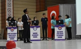 Erzincan'da ortaokullar arası bilgi yarışması yapıldı