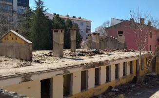 Eski devlet hastanesi yenileniyor
