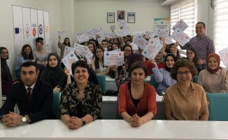 ESOGÜ ve UNFPA'dan gönüllü öğrencilerine teşekkür belgesi