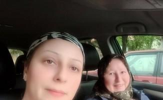 Feci kazada ölen anne ve kızına gözü yaşlı veda