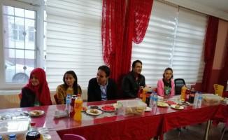 Kaymakam Dundan öğrencilerle iftar açtı