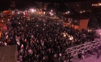 Kepez'in Ramazan Sokağı ilgi görüyor