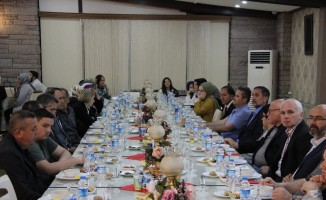 MHP Belediye Başkan adayı Erdoğan Bıyık'tan teşkilata iftar