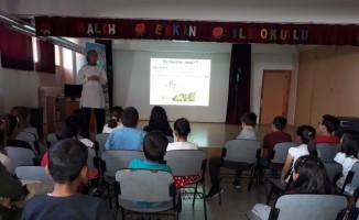Öğrencilere sağlıklı beslenme ve fiziksel aktivite eğitimleri verildi