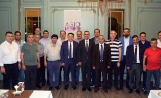 Sağlık sektörü yöneticileri ASİD'in iftarında bir araya geldi