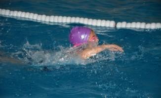 Söke'de yüzme şampiyonası heyecanı yaşandı