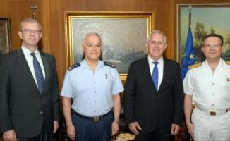 Türk heyetinin Atina'daki görüşmeleri sürüyor