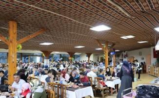 Uçhisar Belediyesi yetimler ve aileler için iftar yemeği düzenledi
