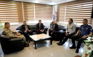 Vali Arslantaş'tan, Kemah belediye başkanı Aslan'a ziyaret