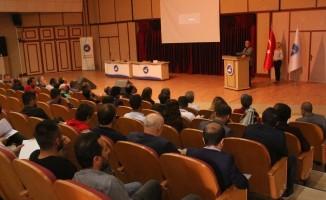 """Van YYÜ'de """"Kültürel Miras ve Müzecilik Lisansüstü Öğrenci Sempozyumu"""" başladı"""