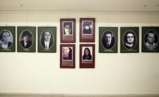 """""""Yaşayan Kadınlar"""" resim sergisi Kartal'da ziyarete açıldı"""