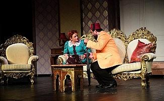54 yıllık tiyatrodan bir sezonda 182 oyun