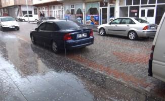 Ahlat'ta dolu yağışı