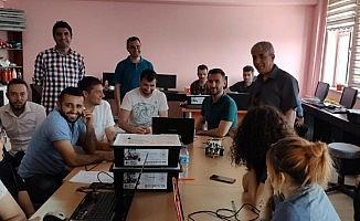 Ahlat'taki öğretmenlere 'İleri Düzey Robotik Kodlama' eğitimi