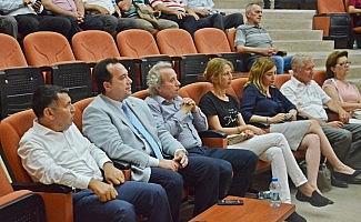 Akhisar Üniversite Derneğinde yeni yönetim belli oldu