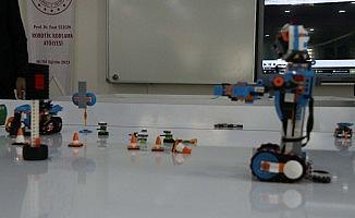 Bitlisli öğrenciler geleceğin teknolojisini öğreniyor
