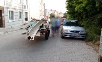 Çaldığı demirleri at arabasına yükleyip kaçarken yakalandı