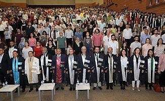 ERÜ Mimarlık Fakültesi 2018-2019 Eğitim-Öğretim Dönemi Mezunlarını Verdi