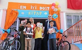 Haliliye Belediyesinden minik öğrencilere hediye