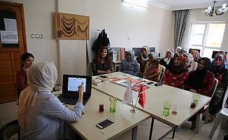 Haliliye'de kadınlara yönelik söyleşi