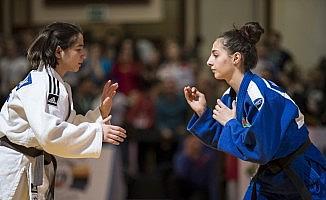 Kağıtsporlu milli judocular, Avrupa yolcusu