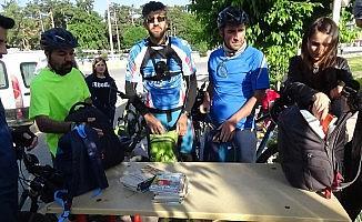Köy okulu öğrencileri için pedalları iyiliğe çevirdiler