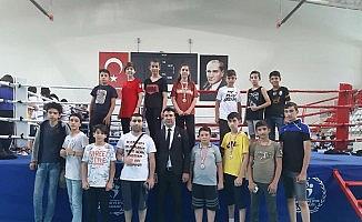 Malatya sporcular muaythai şampiyonasında 5 madalya aldı