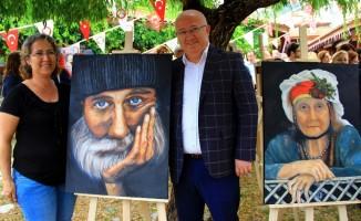 Menteşe Belediyesi resim kursiyerleri eserlerini sergiledi