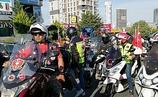 Motosikletçiler'den  Binali Yıldırım'a jest