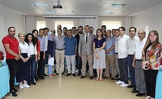 Sağlık çalışanlarından oluşan Türk Halk Müziği korosuna başarı belgesi
