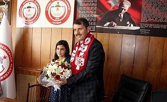 Vali Ayhan Kayseri Sivaslı Dernekler Platformu'nu ziyaret etti