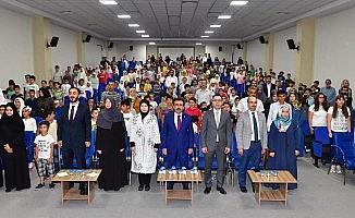 Vali Güzeloğlu yaz Kur'an kursu öğrencileri ile buluştu
