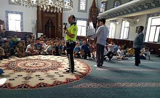 Yaz Kur'an kursu öğrencilerine trafik eğitimi verildi