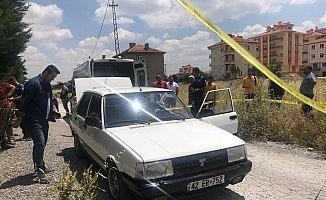 27 yaşındaki genç otomobili içinde ölü bulundu