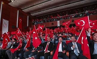 Bakan Kasapoğlu 15 Temmuz'un 3. yılında gençlerle bir araya geldi