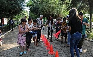 Başkan Mızraklı, Çocuk Yaz Kampı'nı ziyaret etti