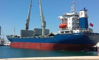 Nijerya'da Türk gemisine 'korsan' saldırısı: 10 denizci rehin alındı