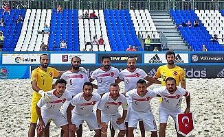 Plaj Futbolu Milli Takımı İsviçre'ye 4-2 mağlup oldu