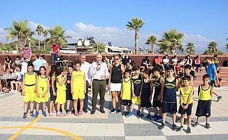 Samandağ'da tek pota basketbol turnuvası başladı