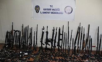 304 adet silah ele geçirildi